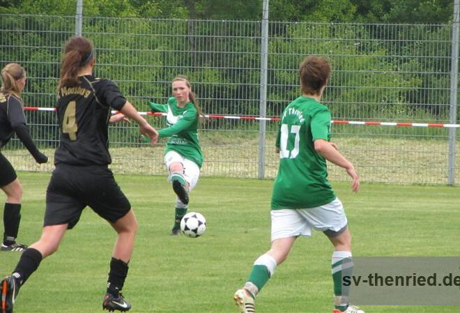 Entscheidung SV Thenried - FC Moosburg 25.05.2013 029m